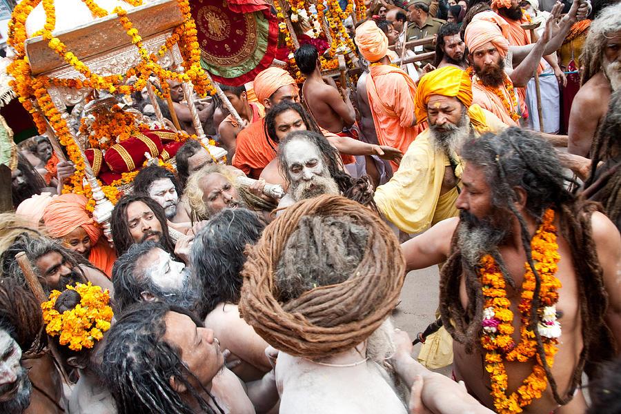 Nagas Of The Kumbha Mela Details