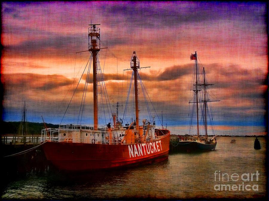 Nantucket Photograph - Nantucket Lightship by Jeff Breiman