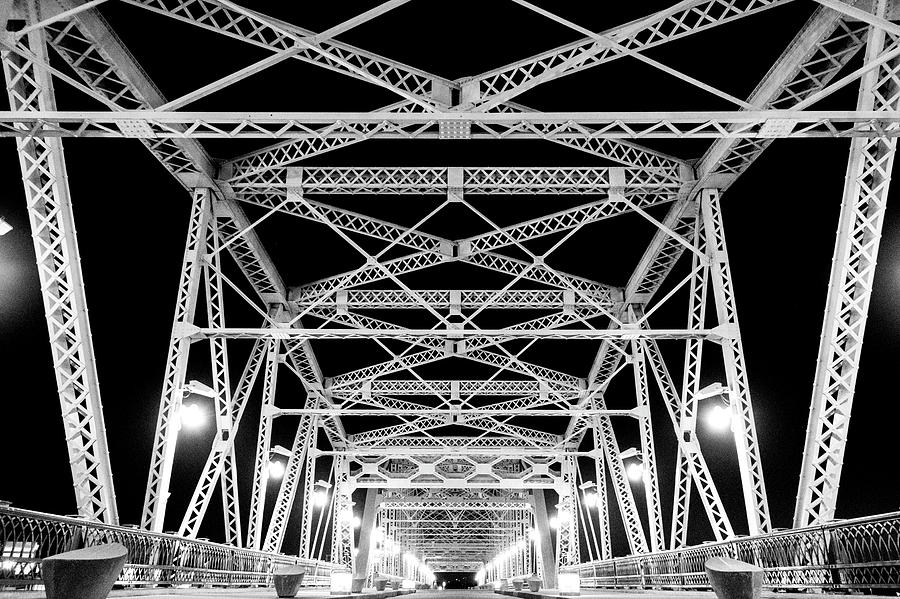 Nashville pedestrian bridge at night by Tom Blizzard