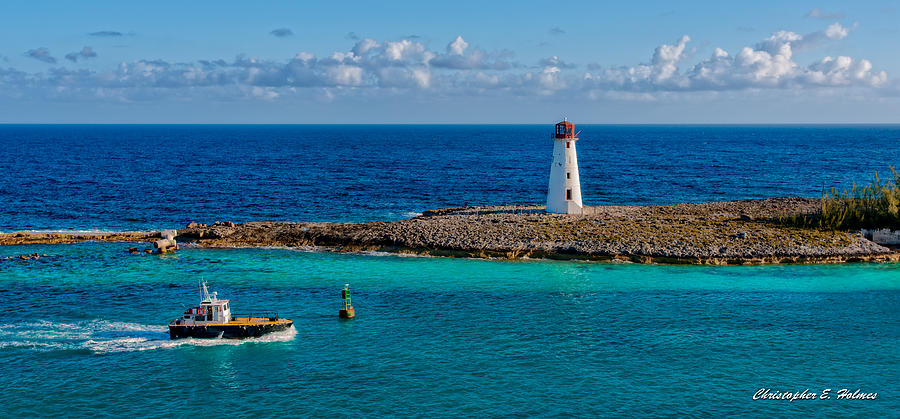 Lighthouse Photograph - Nassau Harbor Lighthouse by Christopher Holmes
