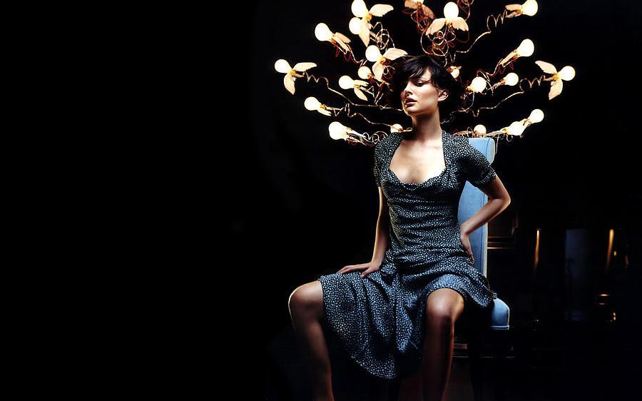 Natalie Portman Digital Art - Natalie Portman by Dorothy Binder