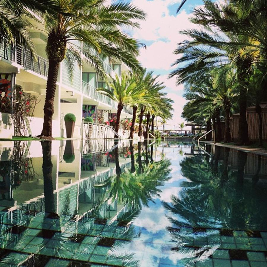 National Hotel, Miami Beach Photograph by Juan Silva