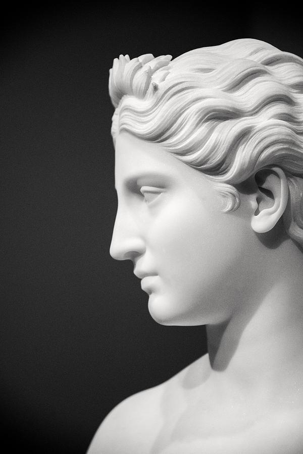 сегодня это греческий профиль лица фото достаточно редко используется