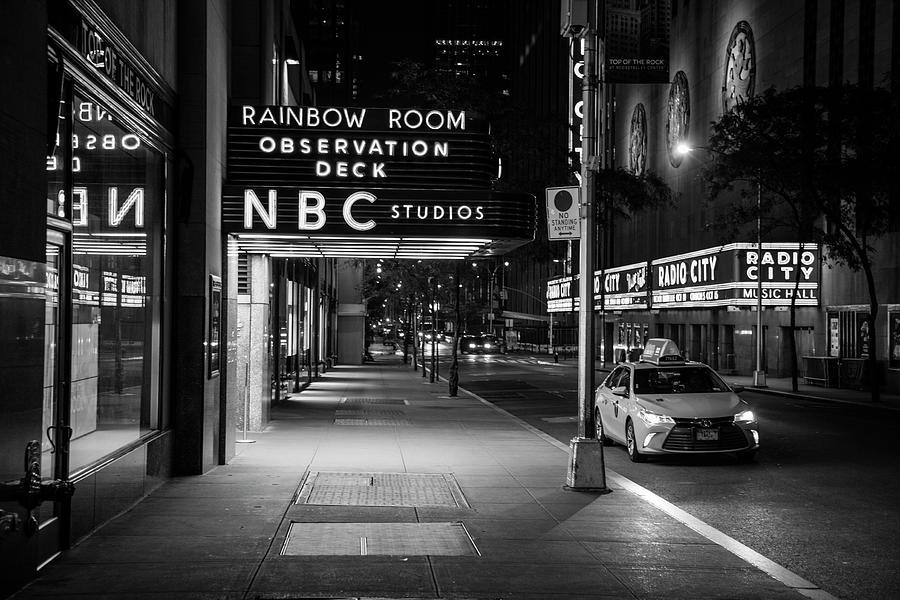 Nbc Studios Rockefeller Center Black And White Photograph By John Mcgraw
