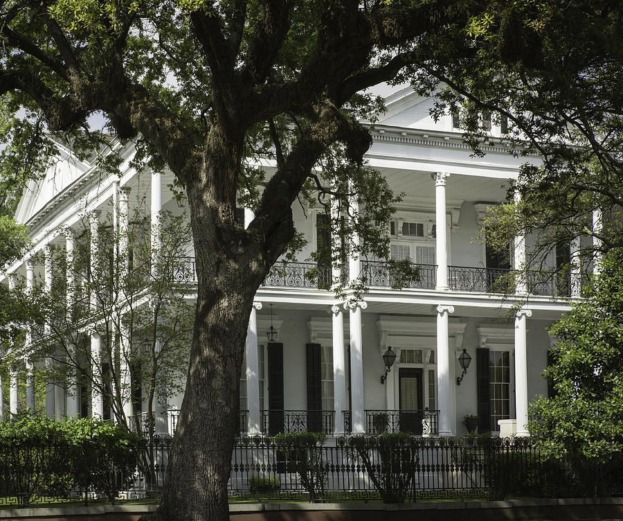 America Photograph - New Orleans Mansion by Anne Witmer