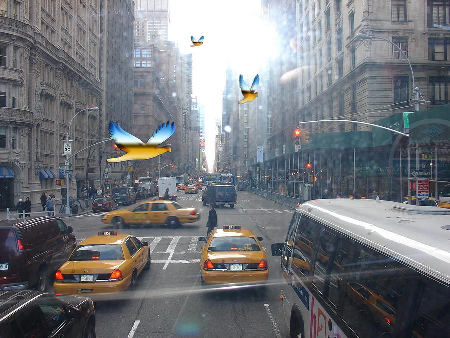 New York Digital Art by Annette Labedzki