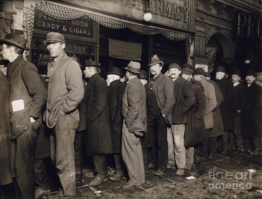 1907 Photograph - New York: Bread Line, 1907 by Granger
