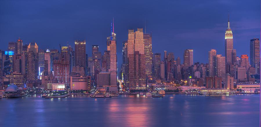 Nyc Skyline Photograph - New York City by Kirit Prajapati