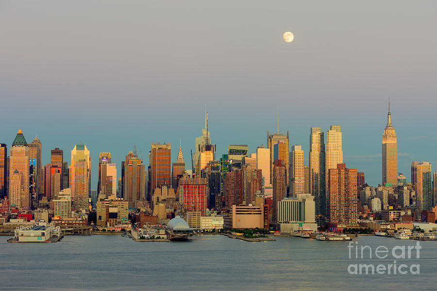 America Photograph - New York City Moonrise I by Clarence Holmes