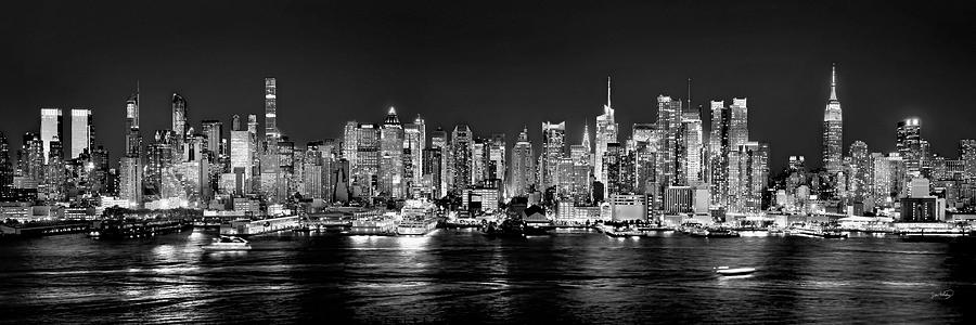 new york city nyc skyline midtown manhattan at night black and white photograph by jon holiday. Black Bedroom Furniture Sets. Home Design Ideas