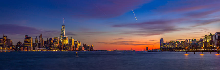 Landscape Photograph - New York City by Quenel Jiang