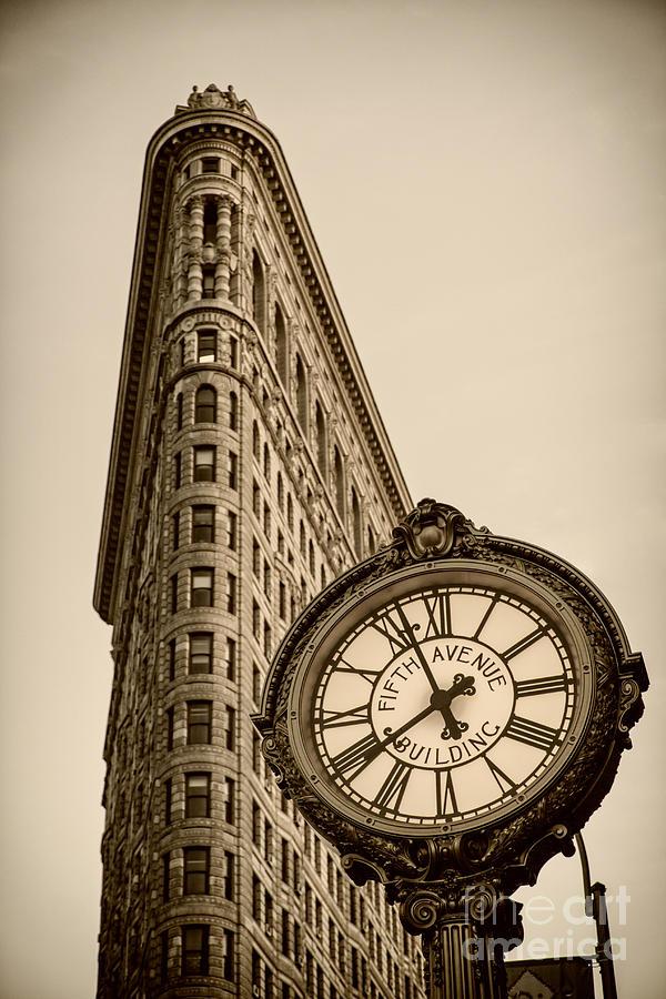 Big Apple Photograph - New York Flatiron by Juergen Held