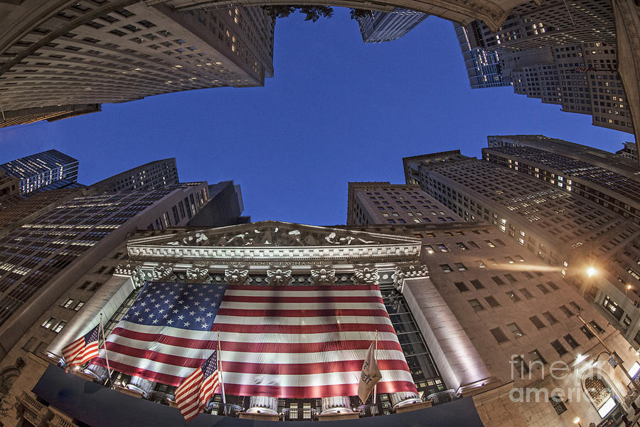 Big Apple Photograph - New York by Juergen Held