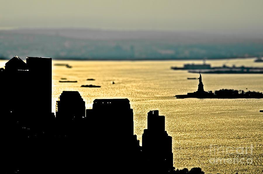 Ny Photograph - New York Silhouette by Alessandro Giorgi Art Photography