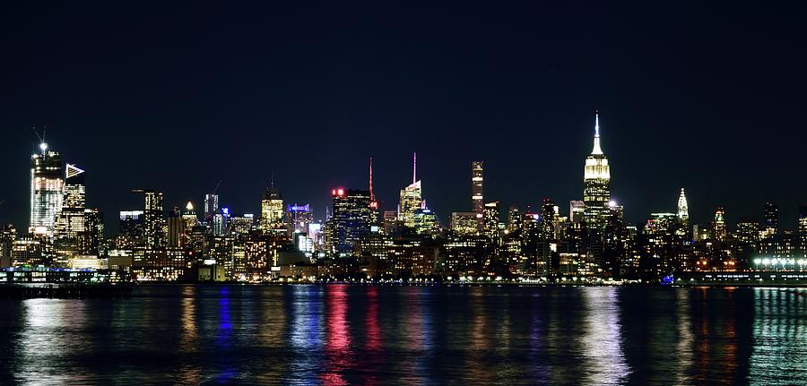 New York Skyline by Daniel Carvalho