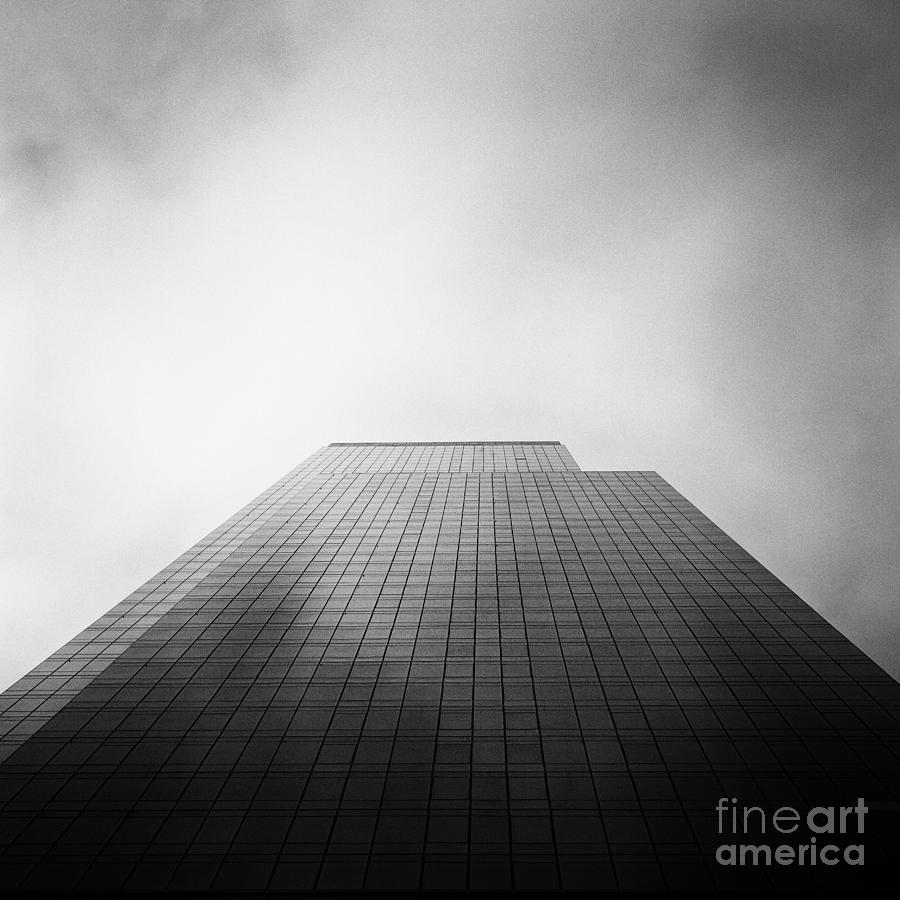 New York Photograph - New York Skyscraper by John Farnan