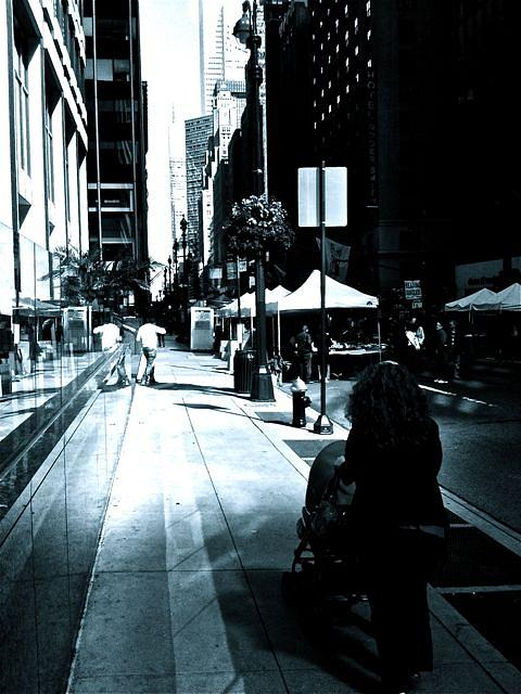 Manhattan Photograph - New York Stroll by Roland Irgang