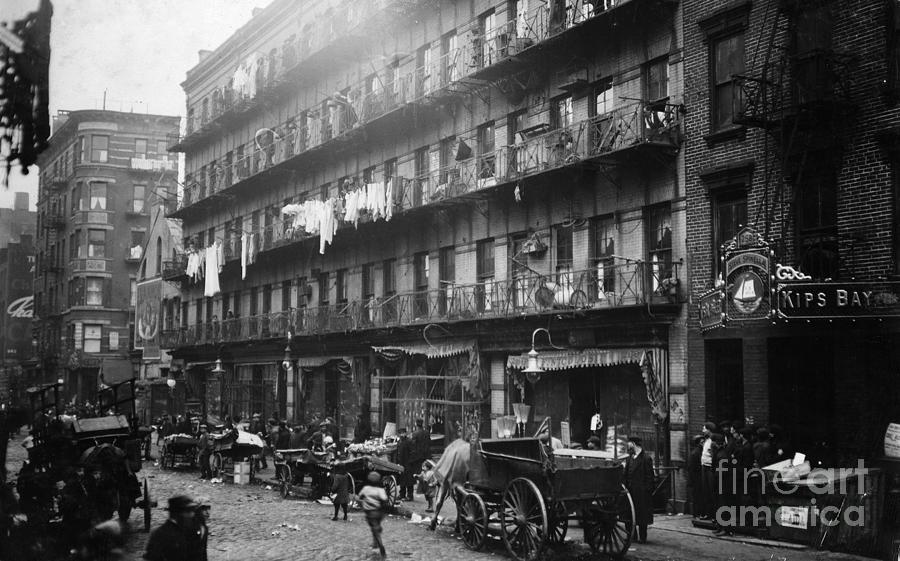 1912 Photograph - New York: Tenements, 1912 by Granger