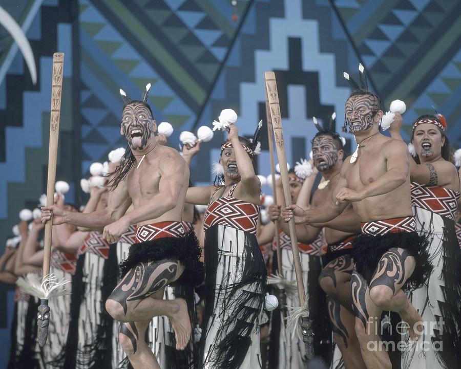 Beautiful Photograph - New Zealand,north island,  Rotorua Arts Festival,dance and singi by Juergen Held