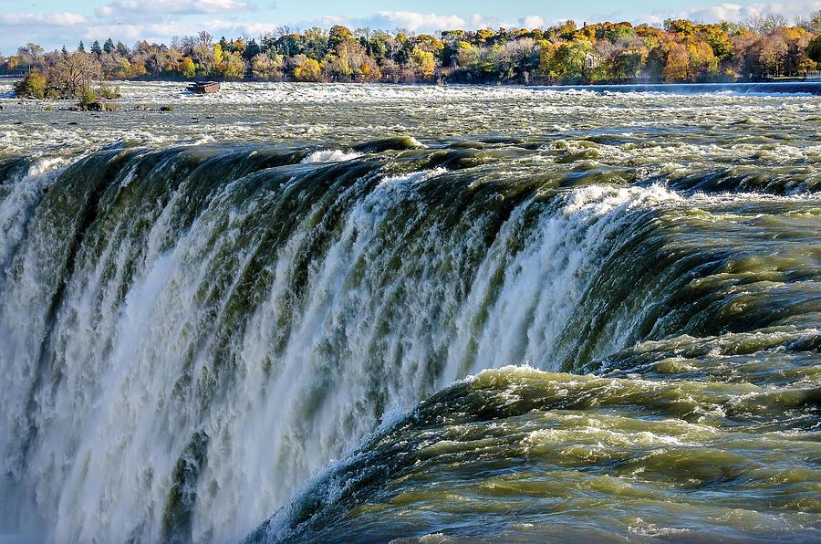 Niagara Falls in Autumn by Gabriel Israel