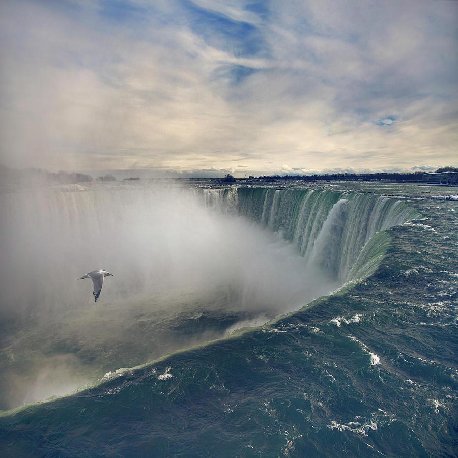Square Photograph - Niagara Falls by Istvan Kadar Photography