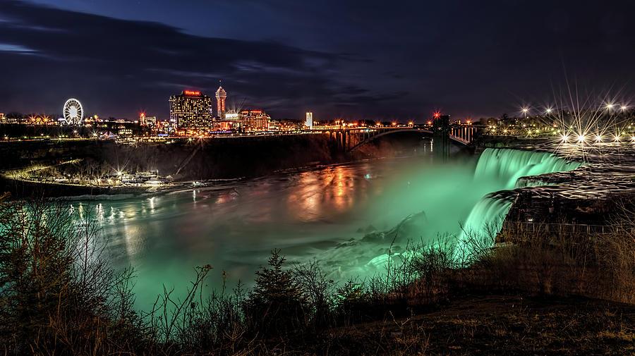 Niagara Falls Night View by Wes Iversen