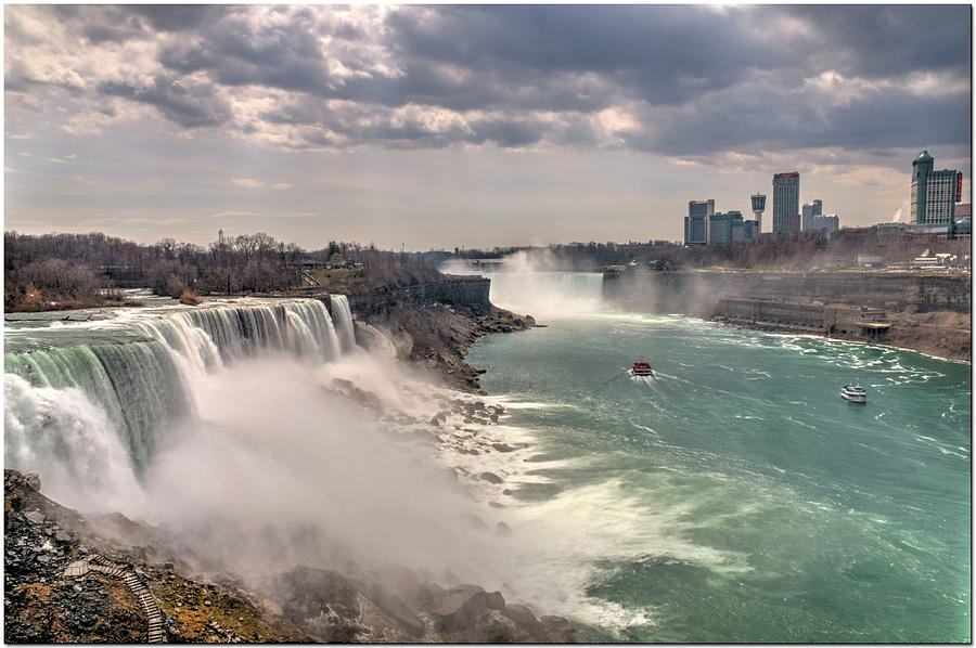 Niagra Waterfalls by Ed Cabral