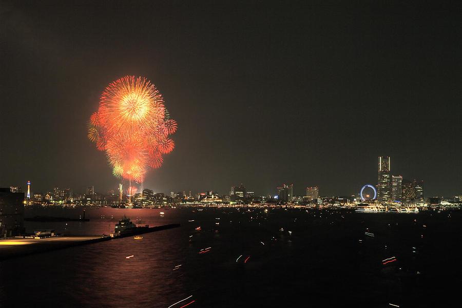 Japan Photograph - Night In Yokohama T6j013 by Yoshiki Nakamura