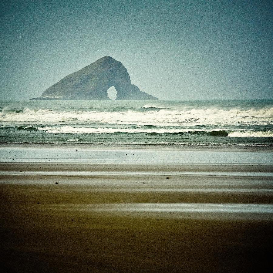 Ninety Mile Beach Photograph - Matapia Island by Dave Bowman