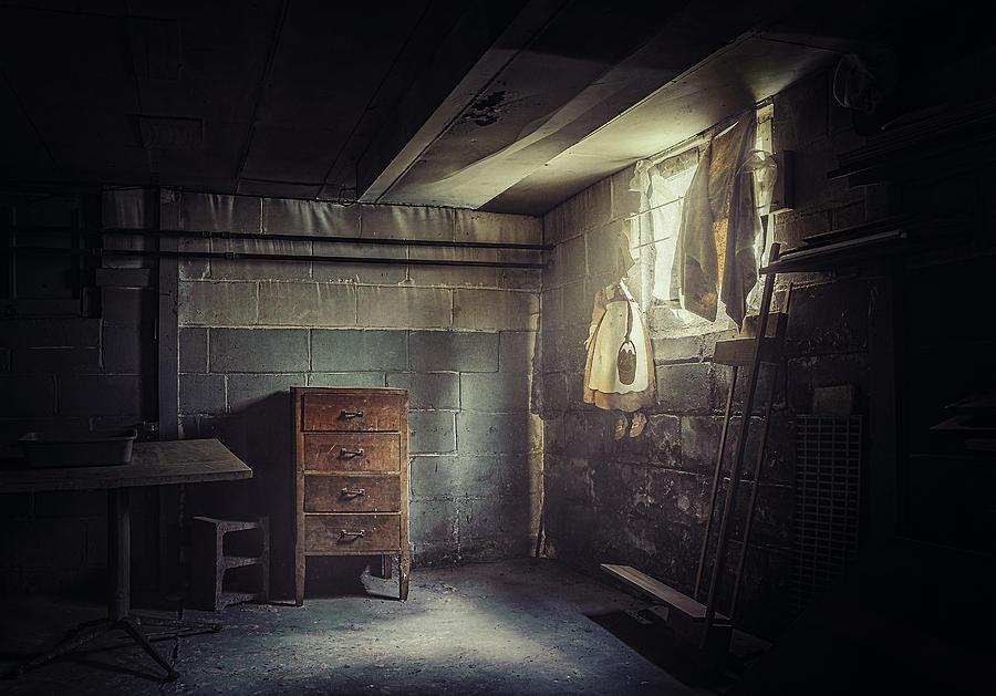 Basement Photograph - No Escape by Scott Norris