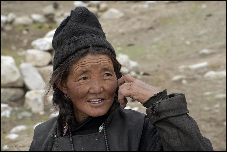 Portrait Photograph - Nomads Of Ladakh by Kedar Munshi