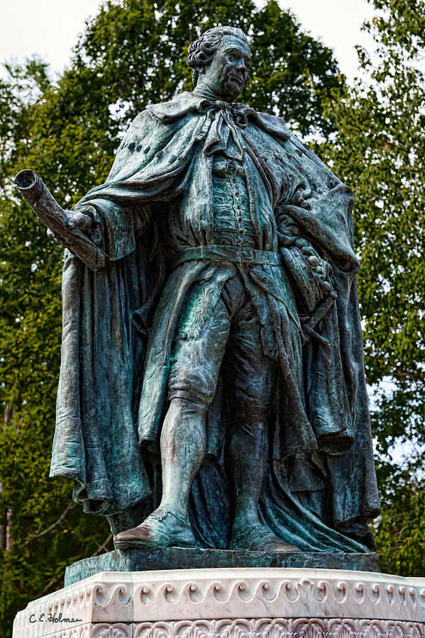 Statue Photograph - Norborne Berkeley - Baron De Botetourt by Christopher Holmes