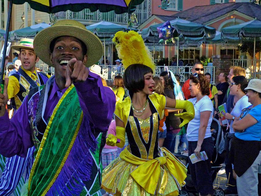 Mardi Gra Photograph - Norleans Groove by S Lynn Lehman