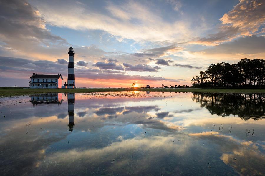 North Carolina Photograph - North Carolina Bodie Island Lighthouse Sunrise by Mark VanDyke