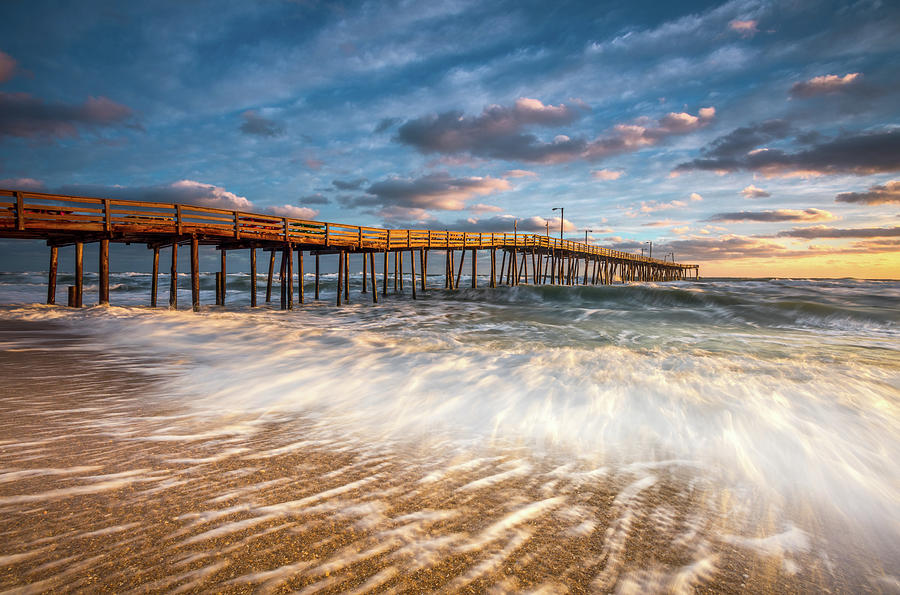 North carolina outer banks nags head pier seascape at for Nc fishing laws
