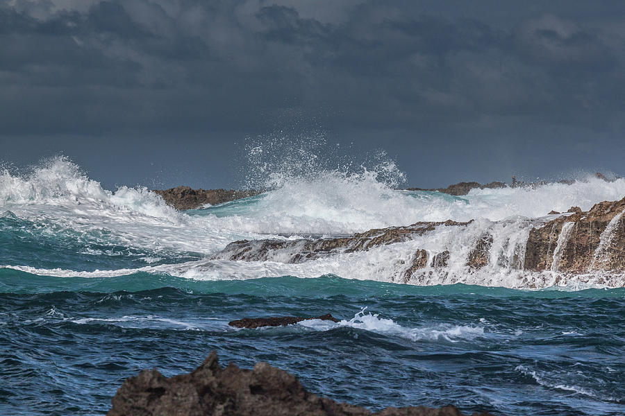 North Shore Surf by Rich Isaacman