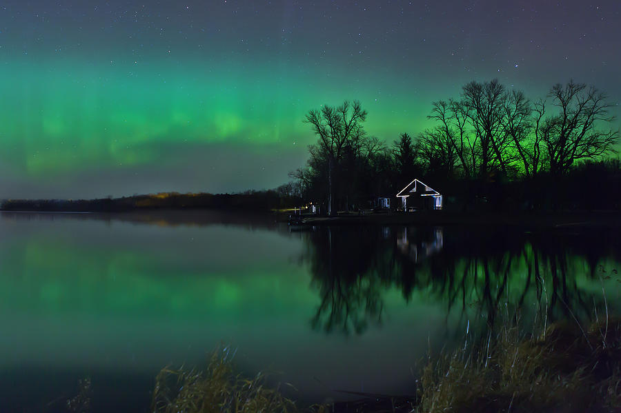 Northern Lights at Gull Lake by Susan Rissi Tregoning