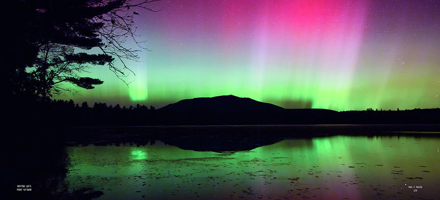 Northern Lights - Mount Katahdin by Dale J Martin
