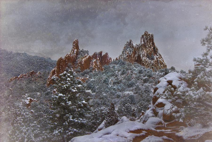 November Snow Garden Of The Gods Photograph By Ellen