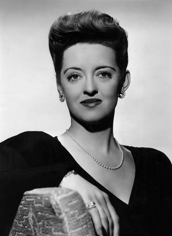 11x14lg Photograph - Now, Voyager, Bette Davis, 1942 by Everett