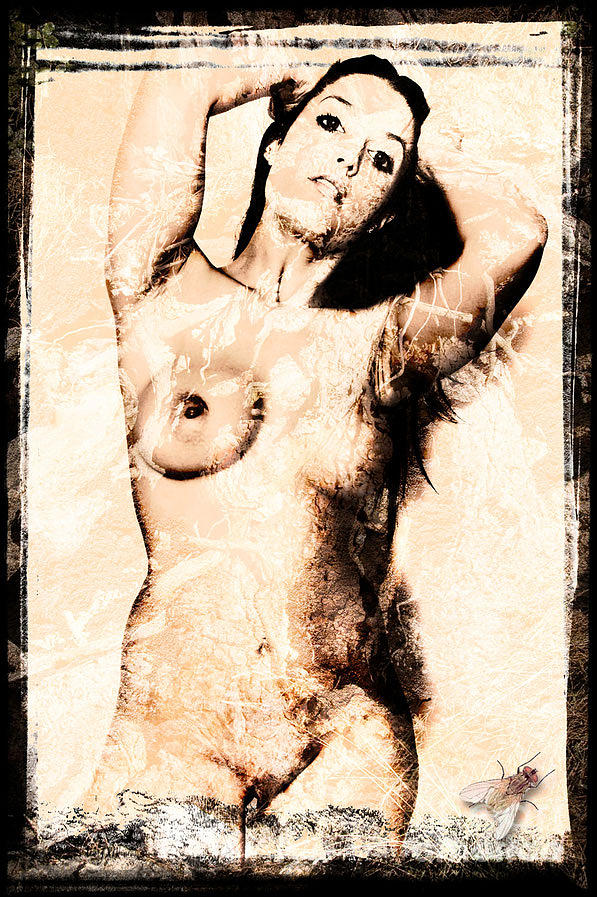 Nude Photograph - Nue by Antonio De Irun