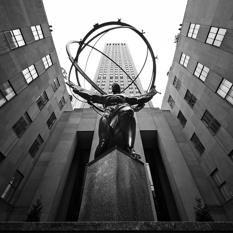 Ny Photograph - NYC Rockefellar Center by Nina Papiorek