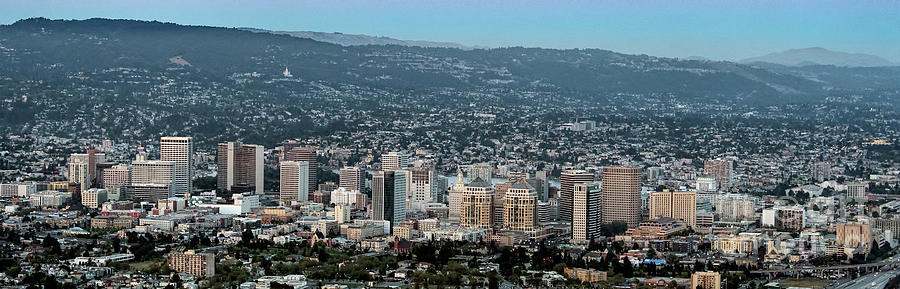 Oakland Photograph - Oakland California Skyline by David Oppenheimer