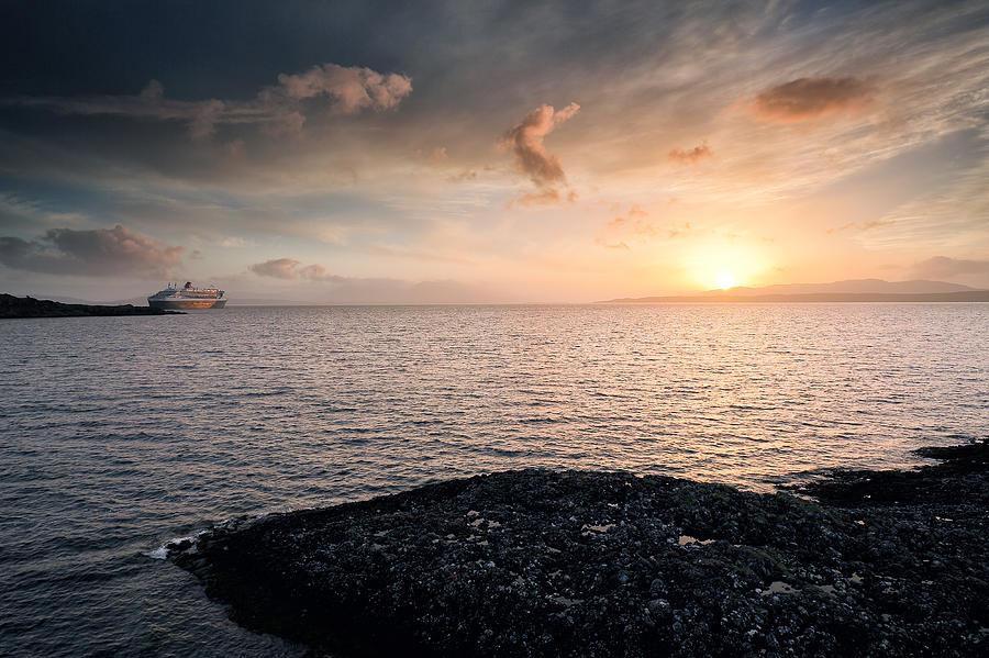 Ocean Liner Photograph - Oban Sunset by Grant Glendinning