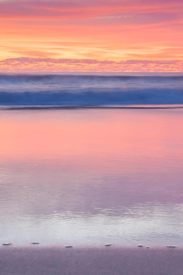 Abstract Photograph - Ocean Glow by Az Jackson
