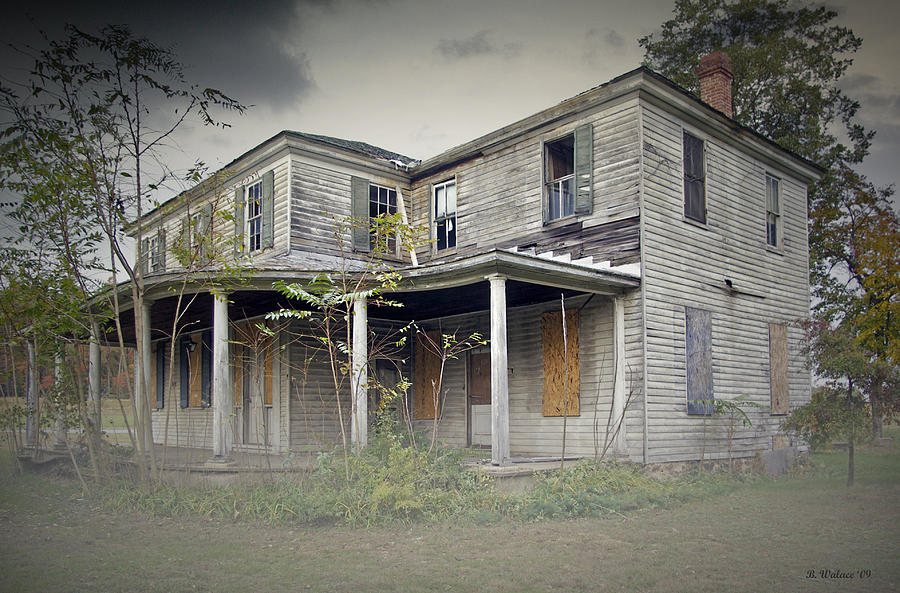 2d Photograph - Odenton House by Brian Wallace