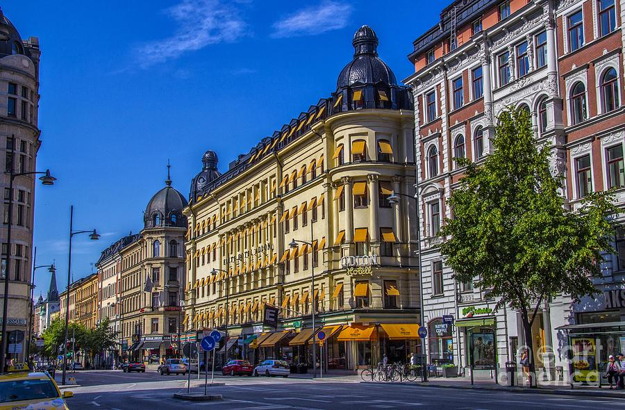 Building Photograph - Odion Hotel by Roberta Bragan