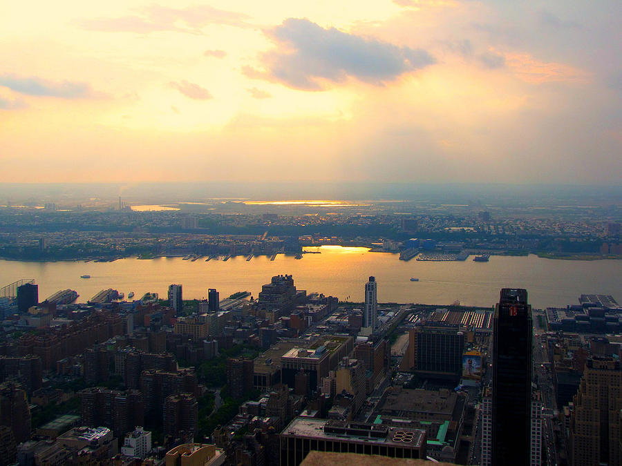 Off The Empire State Building Photograph by Joe Fellini