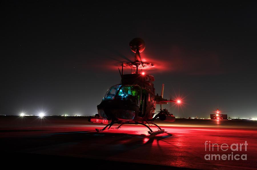 Aviation Photograph - Oh-58d Kiowa Pilots Run by Terry Moore