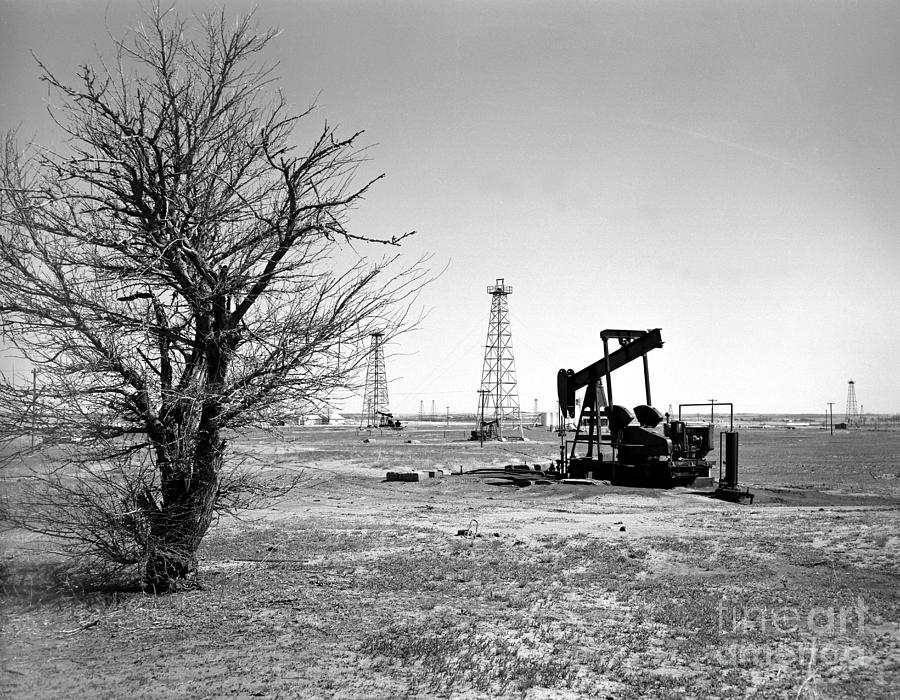 Oil Photograph - Oklahoma Oil Field by Larry Keahey